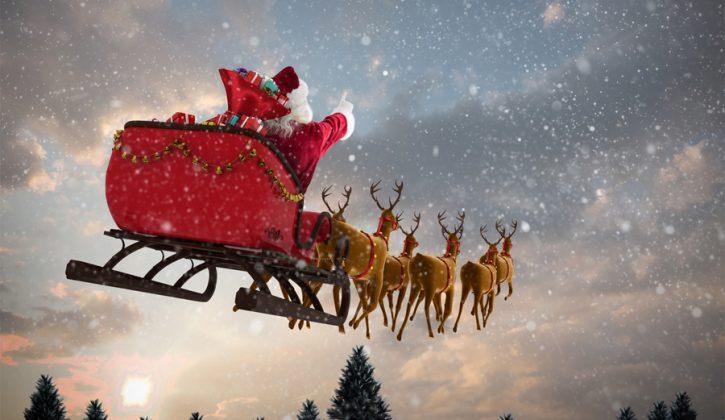 Toronto-Santa-Claus-Parades_feature-725x420-c.jpg