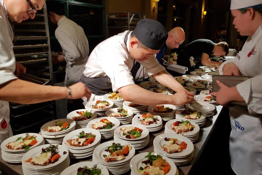 15106088_web1_Chef-Lorenzo-Loset-11--1--1024x683.jpg