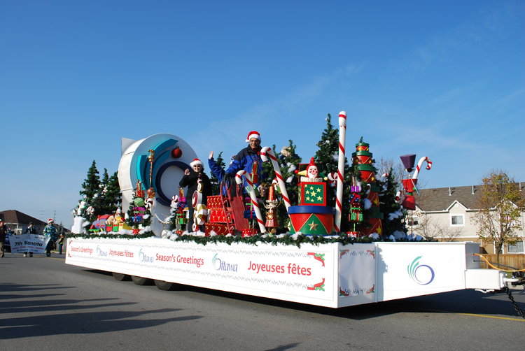Kanata+santa+claus+parade.jpg