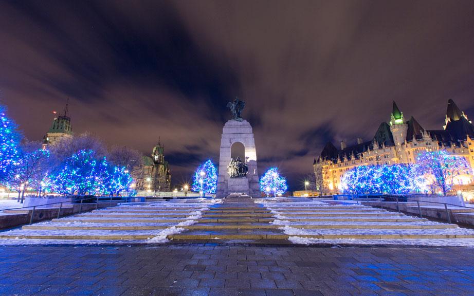 christmas-lights-across-canada3.jpg