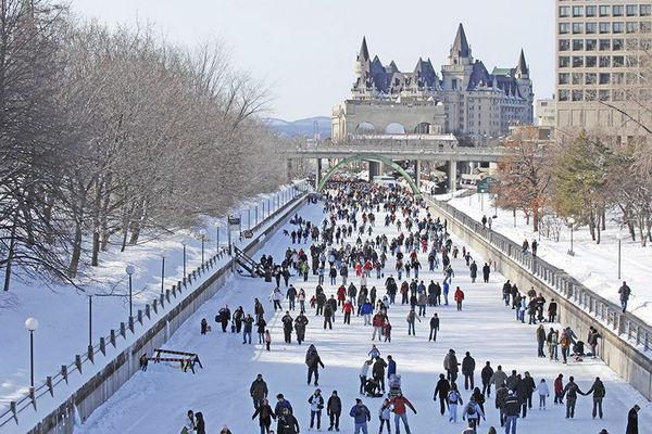 缩略图 | 【世界最大天然溜冰场】里多运河7.8公里滑道全线开放啦!