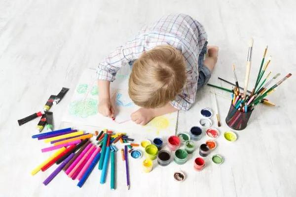 缩略图 | 2018渥太华青少年现场绘画大赛:用你们手中的画笔,  画出美好的梦想!