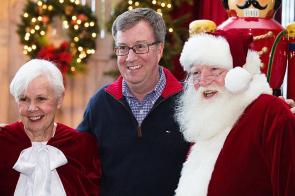 缩略图 | 一年一度的市政厅圣诞庆祝活动来了,周六和市长一起嗨!