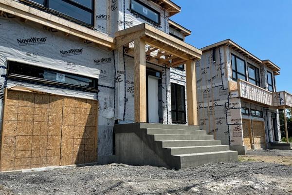 缩略图 | 加拿大夫妻哭晕,卖旧房买新房竟遭遇跑路!著名开发商坑$1700万!