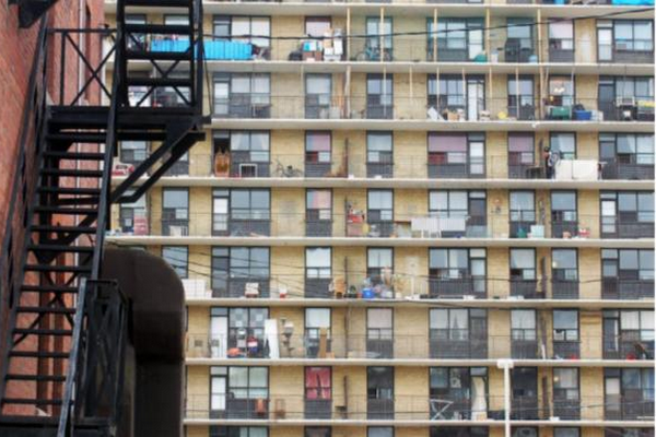 缩略图 | 安省立法冻结全省公寓的租金,房东反而是最大赢家?