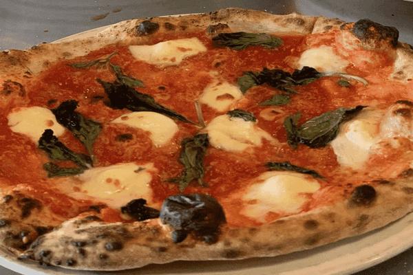 缩略图 | 垂涎欲滴!渥太华7家最好的比萨,总有一款适合你!