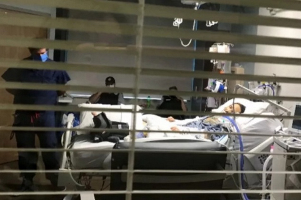 缩略图 | 加拿大公民遭美国禁闭3个月:大脑烧坏,拷在病床上等死!