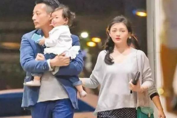 缩略图 | 好友曝大S汪小菲婚变三大主因,女方一年前为子女隐忍离婚决定