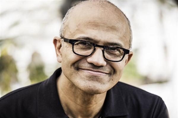 """缩略图   比尔盖茨后""""第一人""""!微软CEO纳德拉将兼任公司董事长:20年来首次"""