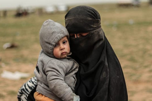 缩略图 | 人权组织敦促加拿大让ISIS成员家人回国