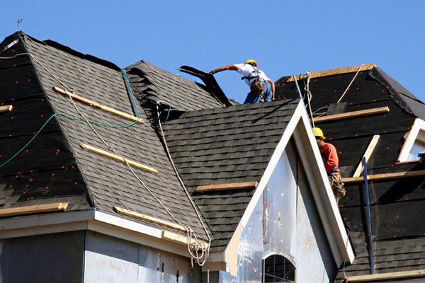 缩略图 | 渥太华屋顶公司因安全违规致工地失火工人烧伤,被罚8万加元
