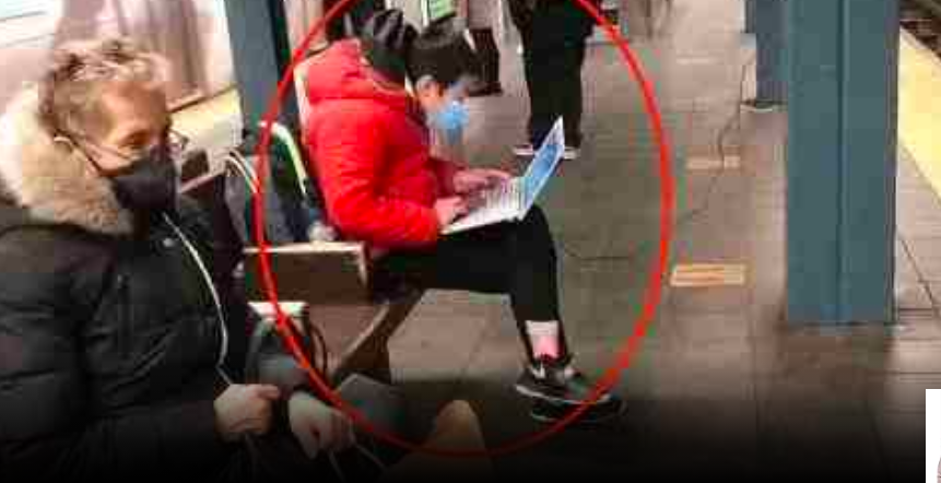 缩略图 | 上网课玩游戏,华裔妈妈拿扫把教训孩子,被逮捕遭七项控罪!