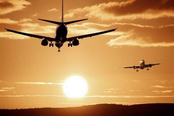 缩略图   中国留学生花高价买回国机票,转账后被同胞拉黑!