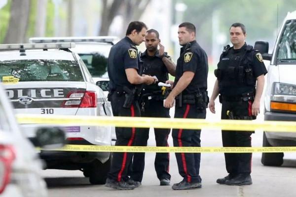 缩略图 | 加拿大华人爸爸被24岁邻居一拳打死