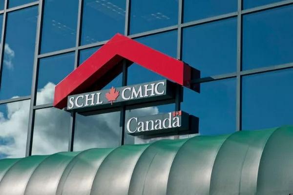 缩略图 | CMHC预测加拿大房价今年将跌18%,20%的房奴贷款要违约延迟!