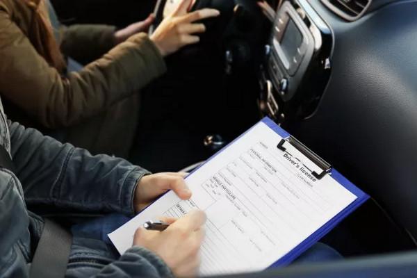 缩略图 | 【新移民必备】加拿大驾照考试攻略