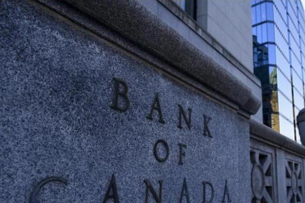 缩略图 | 加拿大央行维持利率0.25%,一年内不加息!
