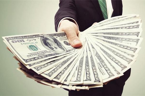 """缩略图   疫情下的""""乱世枭雄"""":手握现金最多的10个美国公司"""