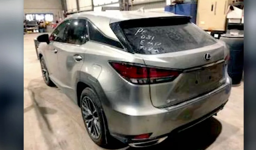 缩略图 | 加拿大华人的汽车自家门前被盗!保险公司拒绝赔偿?