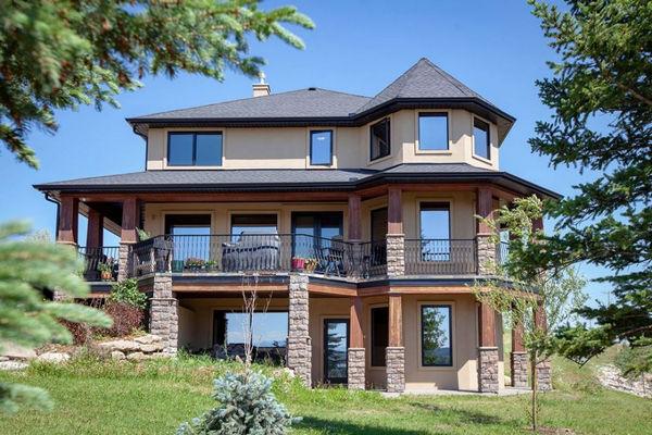 缩略图   加拿大女子征文送豪宅 报名费170 送超千万元别墅