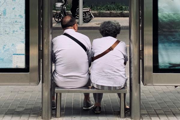 缩略图 | 中国最孤独的食堂,在北京二环以内…