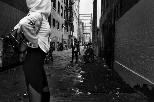 缩略图 | 温哥华这条大街:充满恐怖罪恶,人性兽性混杂