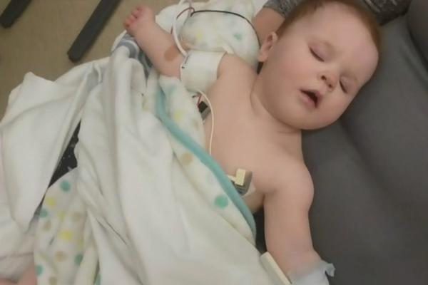 缩略图   加拿大医生警告:疫情期间,更多儿童患致命并发症!