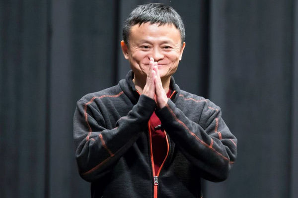 缩略图 | 马云退休:给阿里留下1个奇迹、2大争议、4大挑战