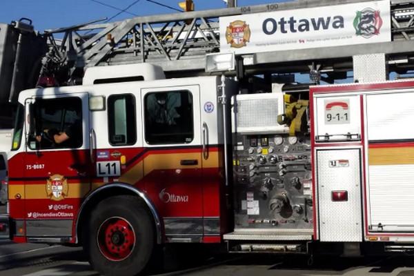 缩略图 | 【社区讲座】渥太华消防官员现身讲解:住宅及办公大楼防火安全常识