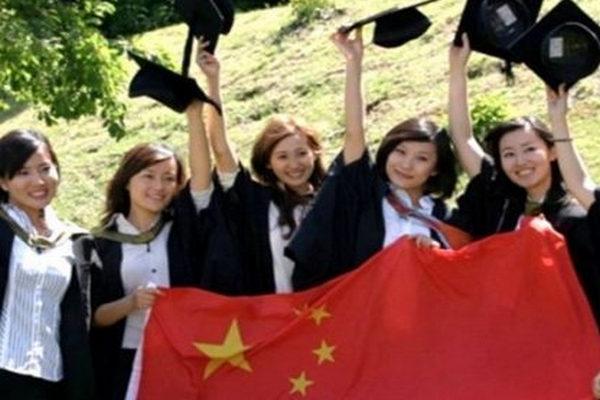 缩略图 | 德媒称中国留学生正远离美国:大环境太差,每天提心吊胆