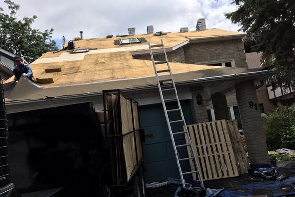 名片 | 爱远家屋顶 (Lovely Home Roofing)